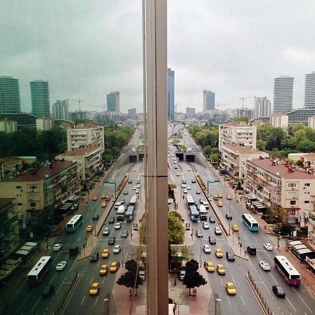 Дыхание улиц. Вид из окна. Автор фото: Ээлко Рус (Eelco Roos).