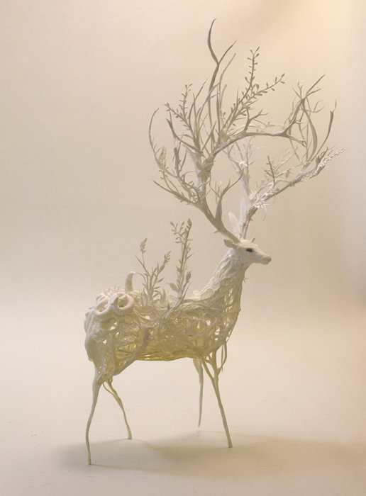 Олень. Автор скульптуры: Эллен Джеветт (Ellen Jewett).