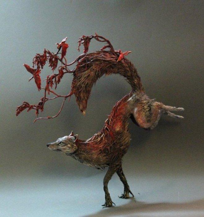 Красная лиса. Автор скульптуры: Эллен Джеветт (Ellen Jewett).