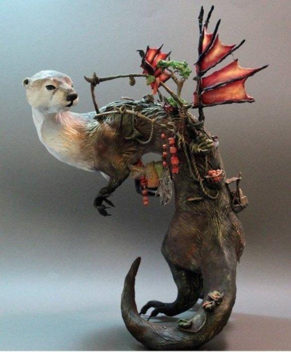 Дивное существо. Автор скульптуры: Эллен Джеветт (Ellen Jewett).