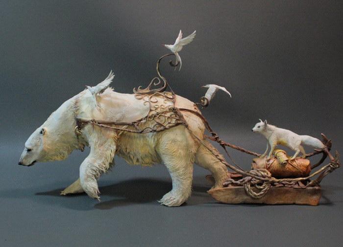 Белый медведь. Автор скульптуры: Эллен Джеветт (Ellen Jewett).