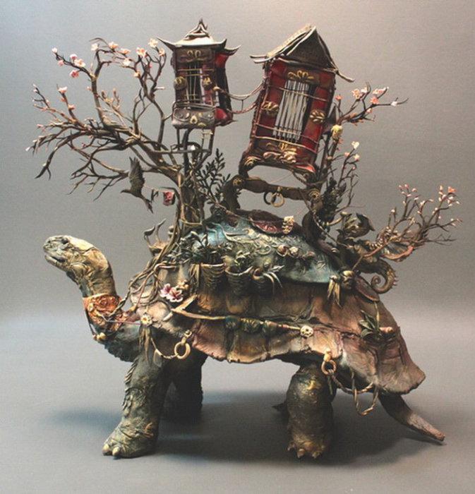 Большая черепаха. Автор скульптуры: Эллен Джеветт (Ellen Jewett).