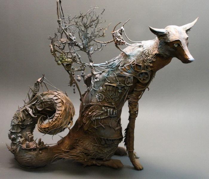 Лиса. Автор скульптуры: Эллен Джеветт (Ellen Jewett).