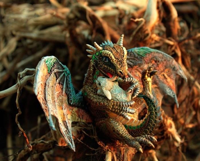 Дракон. Автор: Евгений Хонтор.