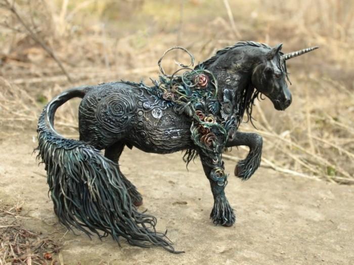 Лошадь. Автор: Евгений Хонтор.