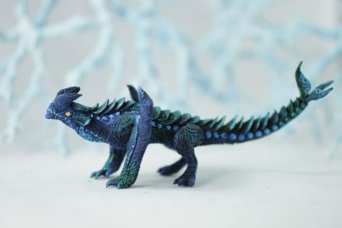 Динозавр. Автор: Евгений Хонтор.