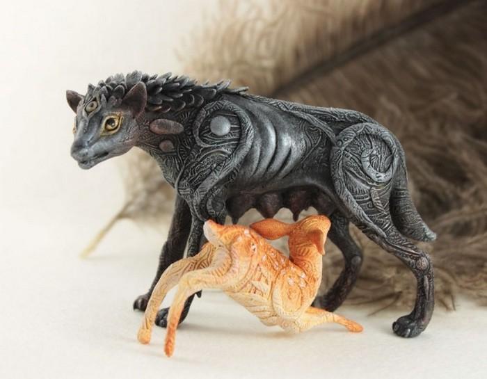 Капитолийская волчица. Автор: Евгений Хонтор.