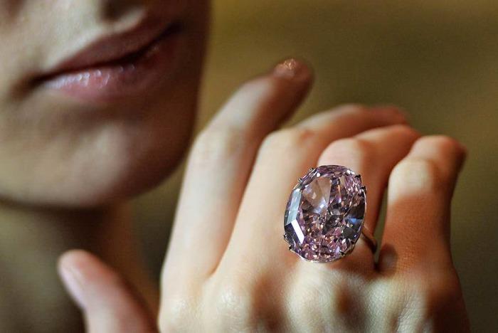 А вам бы хотелось стать владельцем Розовой звезды? \ Фото: wonderslist.com.