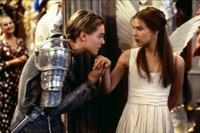Кадр из фильма Ромео + Джульетта.