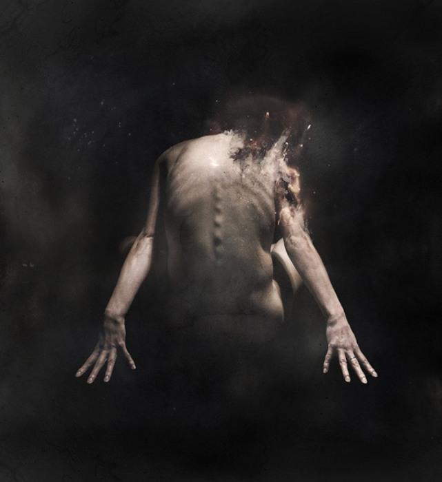 Тлеющие женские образы в работах Фабио Сельватичи (Fabio Selvatici).
