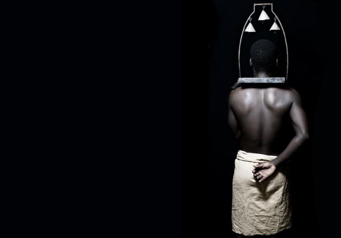 Воротник наказания. Автор работ: Фабрис Монтейро (Fabrice Monteiro).
