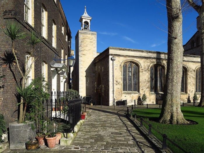 Часовня Святого Петра ад Винкула. \ Фото: ianvisits.co.uk.
