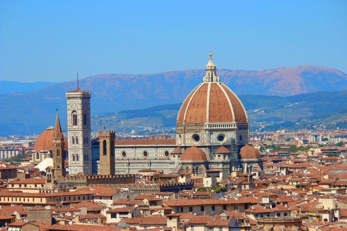 Купол возвышается над горизонтом Флоренции. \ Фото: archinect.com.