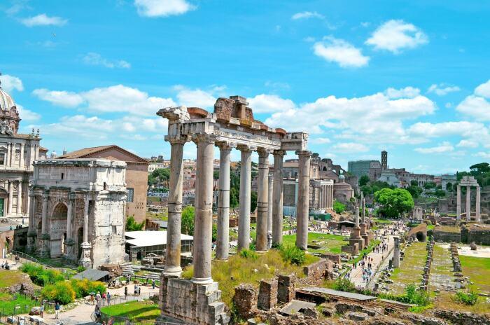 Римские руины. \ Фото: airbnb.com.