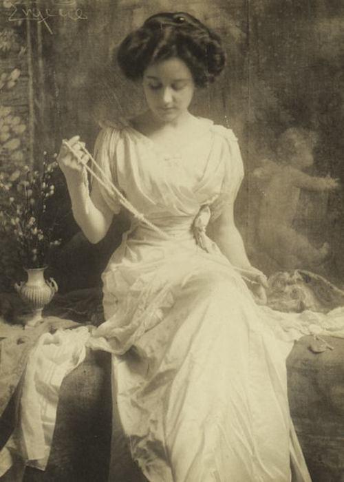 Жемчужное ожерелье, 1900 год. Автор: Frank Eugene.