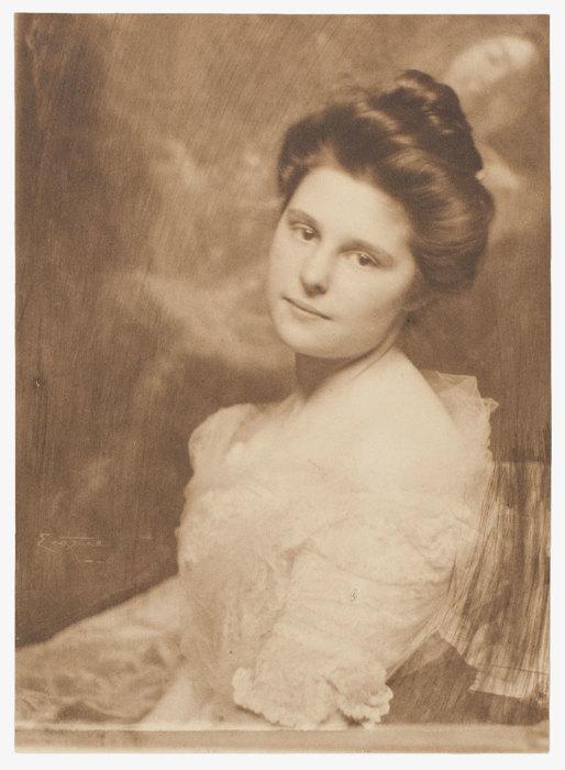 Портрет женщины, 1900 год. Автор: Frank Eugene.