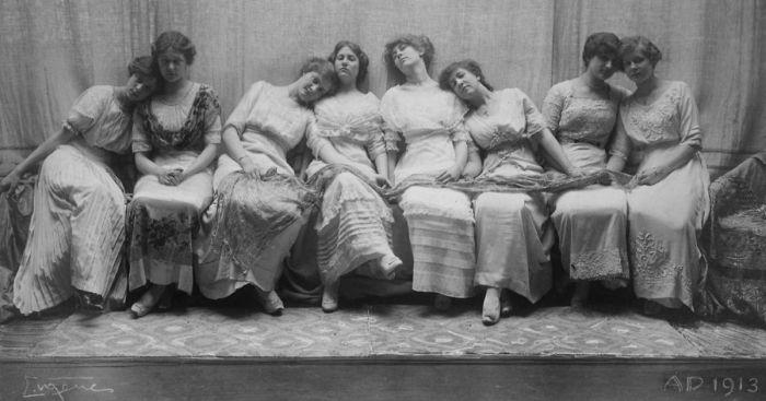 Выпускной класс, 1913 год. Автор: Frank Eugene.