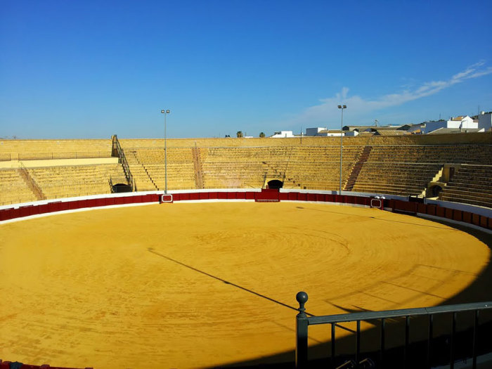 Великая Яма Дазнака: арена Плаза-де-Торос в городе Осуна, Испания.