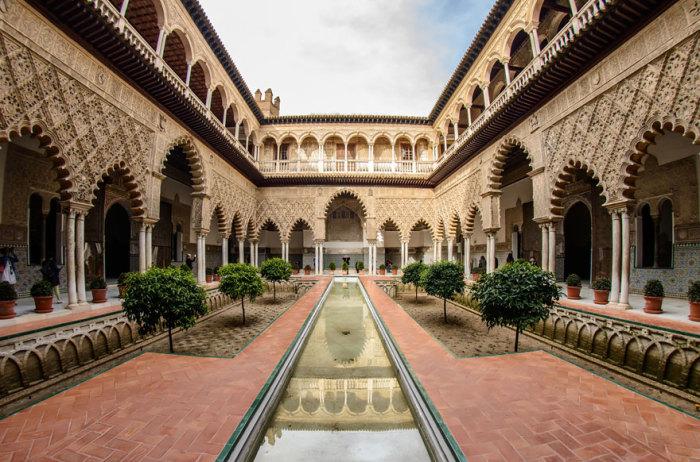 Королевский дворец Дорна: Севильский Альксар, город Севилья, Андалусия, Испания.