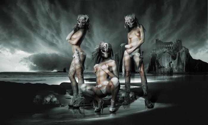 Три грации: Боги и герои. Работы художника нео-сюрреалиста Джоржа Грие (Georg Grie).