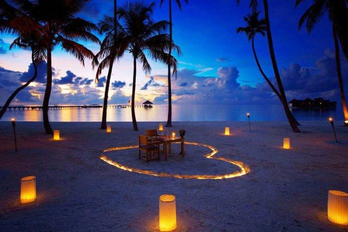 Гили Ланкафуши на Мальдивах: когда опускается ночь.