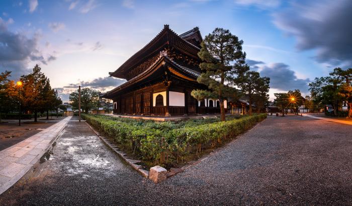 Один из красивейших храмов Гиона. \ Фото: 35photo.pro.