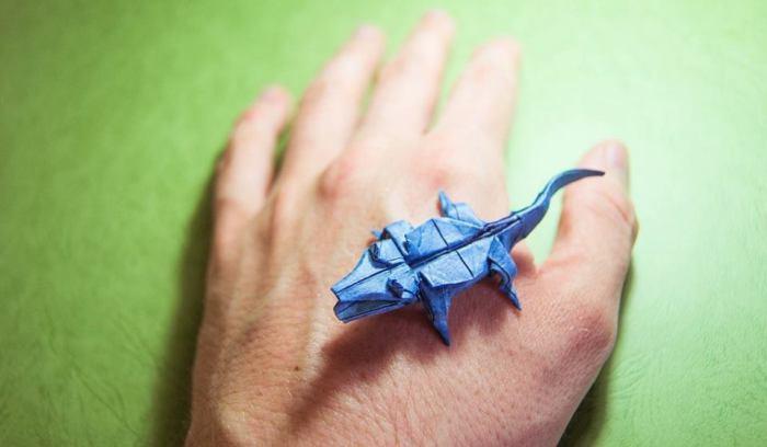 Крокодил. Мастер оригами: Гонсало Гарсия Кальво (Gonzalo Garcia Calvo).