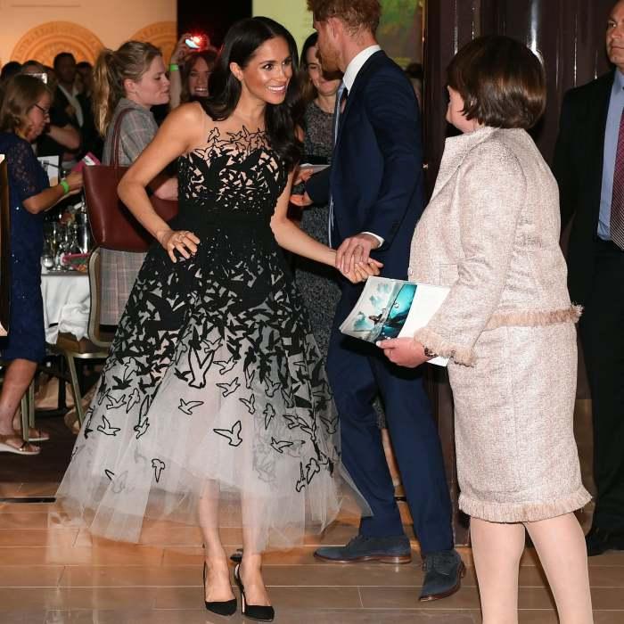 Герцогиня Сассекс, платье от Оскар де ла Рента, октябрь 2018 год. \ Фото: popsugar.co.uk.