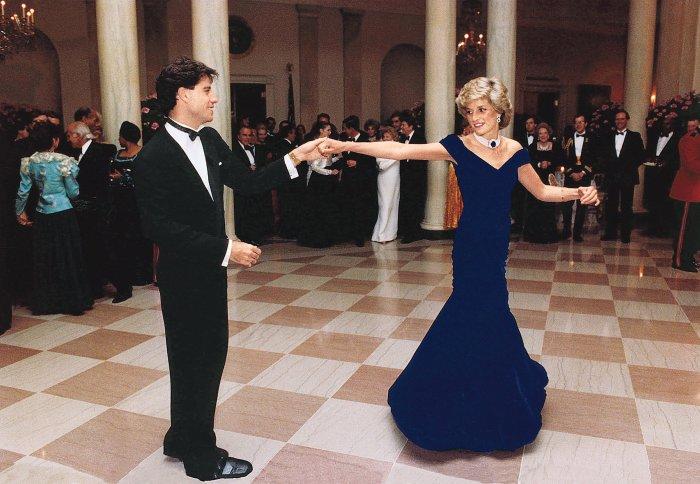 «Платье Траволты»: Принцесса Диана, ноябрь 1985 год. \ Фото: money.com.