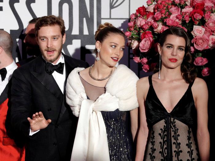Слева направо: Пьер Казираги, Беатрис Борромео, Шарлотта Казираги. \ Фото: google.com.