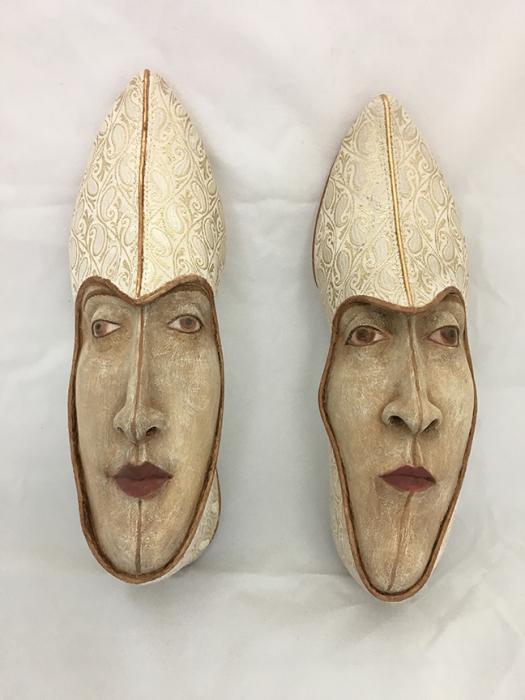 Золотая обувь. Автор: Gwen Murphy.
