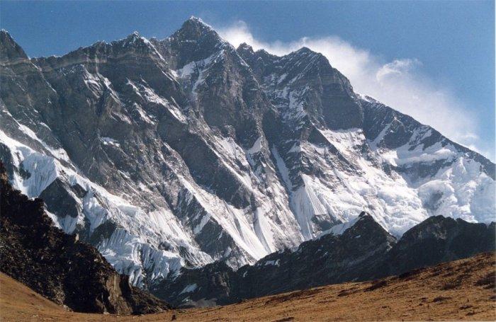 Гора Лходзе.