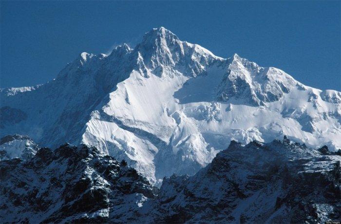 Гора Канченджунга.