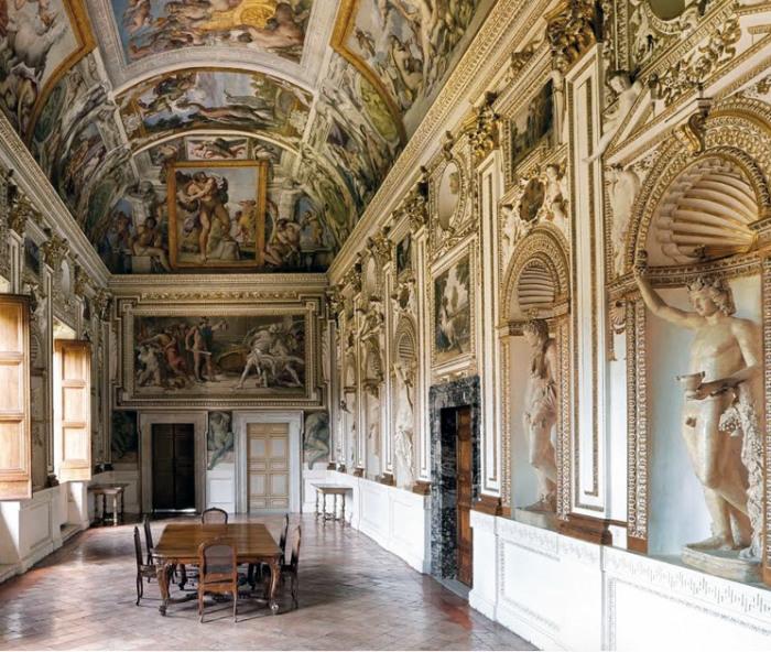 Палаццо Фарнезе. \ Фото: liviahengel.com.