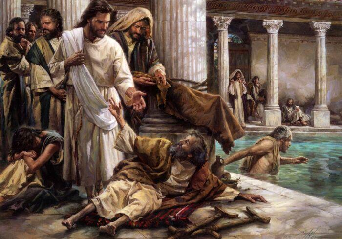 Иисус исцеляет людей. \ Фото: pinterest.com.