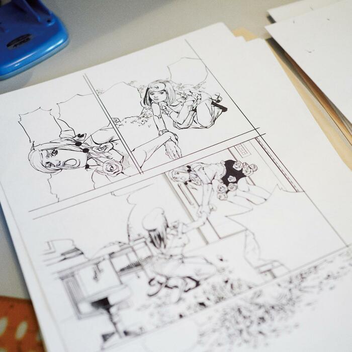 Фотография черновика рукописи 8-й части «Невероятные приключения ДжоДжо», сделанная в студии Араки Ми Моримото, 2018 год. \ Фото: twitter.com.