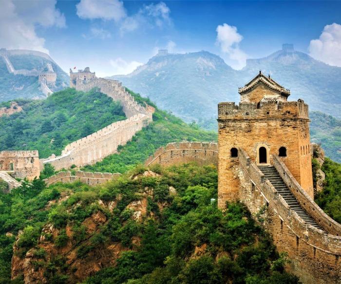 Великая Китайская стена наши дни. \ Фото: shop.e-guma.ch.