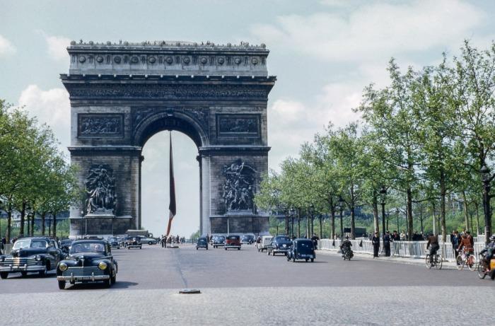 Триумфальная арка: ранние годы. \ Фото: medium.com.