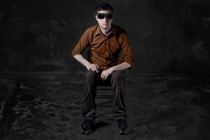 Фото-проект «А что, если бы мебель стала людьми?». Автор фото: Horia Manolache.