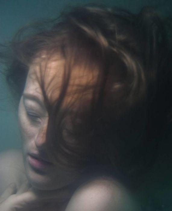 Безмятежный сон под водой.