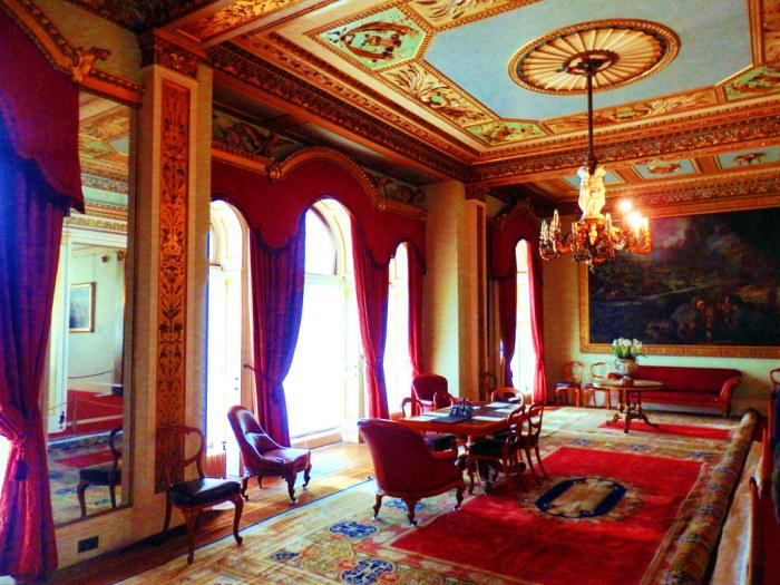 Знаменитый зал «Дурбар». \ Фото: flickr.com.