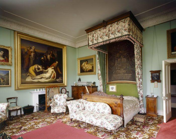 Спальня королевы Виктории, где она умерла в Осборн-Хаусе в 1901 году. \ Фото: blog.hrp.org.uk.