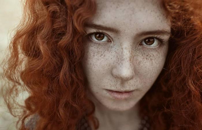 Портрет девушки. Автор: Ирина Джуль.