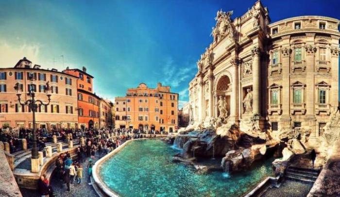 Фонтан Треви. Рим. Италия.