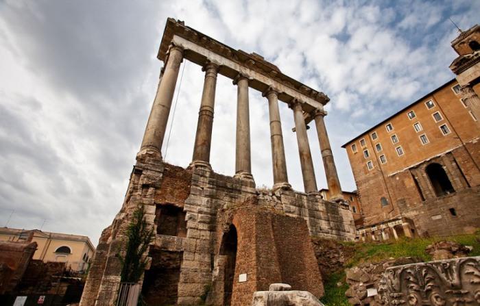 Развалины римского форума.