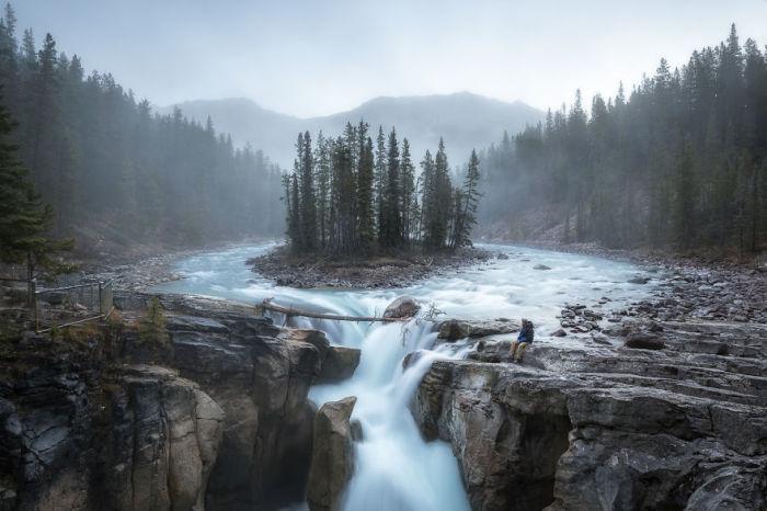 Водопад Санвапта, Канада. Автор: Jack Bolshaw и Marta Kulesza.