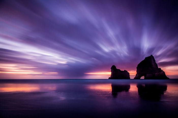 Пляж Варарики находится на самом севере Южного острова Новой Зеландии. Автор: Jack Bolshaw и Marta Kulesza.