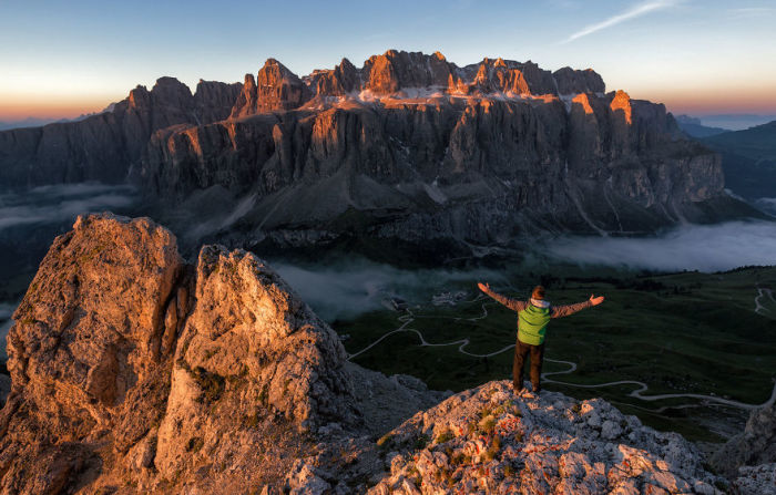 Саммит горы Gran Sir, Италия.  Автор: Jack Bolshaw и Marta Kulesza.