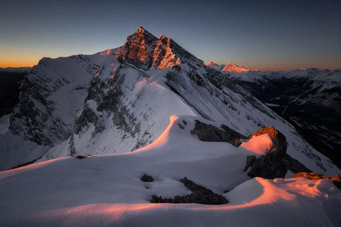 Гора Лоуренс Грасси из Ха-Линг-Пика, Канада. Автор: Jack Bolshaw и Marta Kulesza.