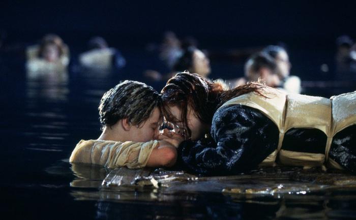 Кадр из фильма: Титаник. \ Фото: rbc.ru.